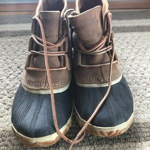 Sorel waterproof leather boots- size 6.5